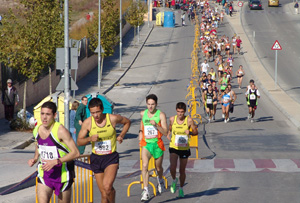 Cientos de participantes, en los 10 km de Rivas