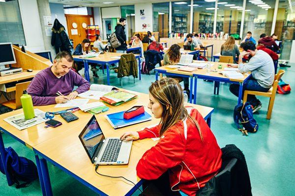 Bibliotecas de Rivas: 256.000 visitas en 2016