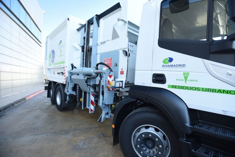 Más vehículos de limpieza y recogida de basura