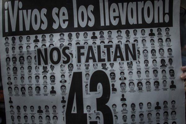 43 poetas por Ayotnizapa: ni olvido ni impunidad