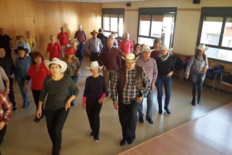El profesor de bailes en línea para mayores