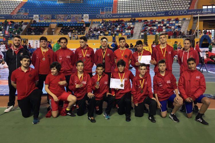 Lucha: campeones de España 2017 en escolar