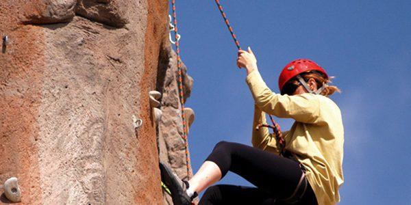 Iniciación a la escalada en Valeria (Cuenca)