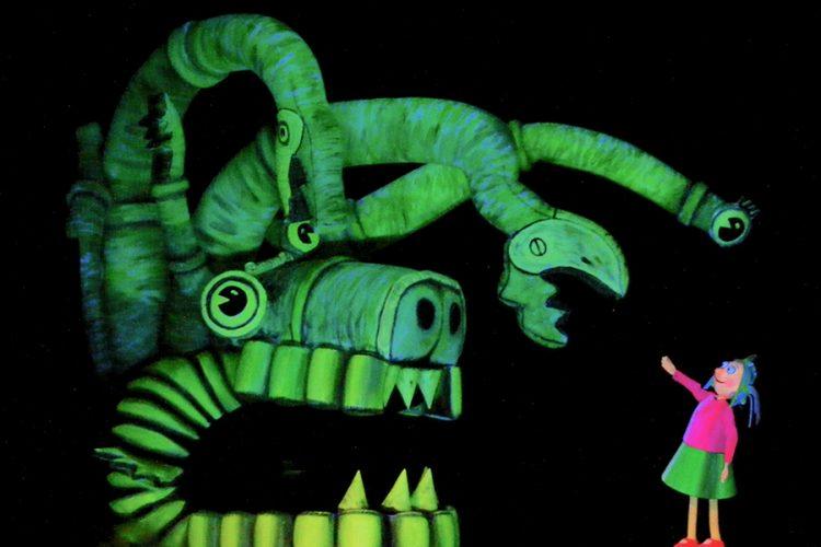 'Ondina Glups', la magia escénica en luz negra