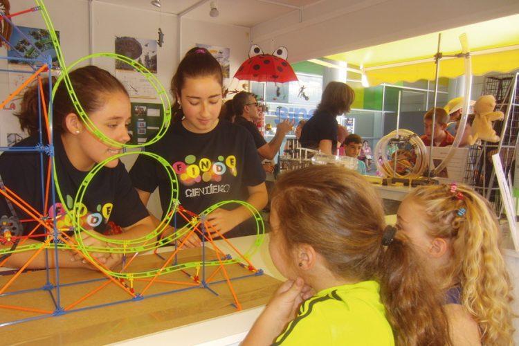 II Feria de la Ciencia: estudiantes, protagonistas