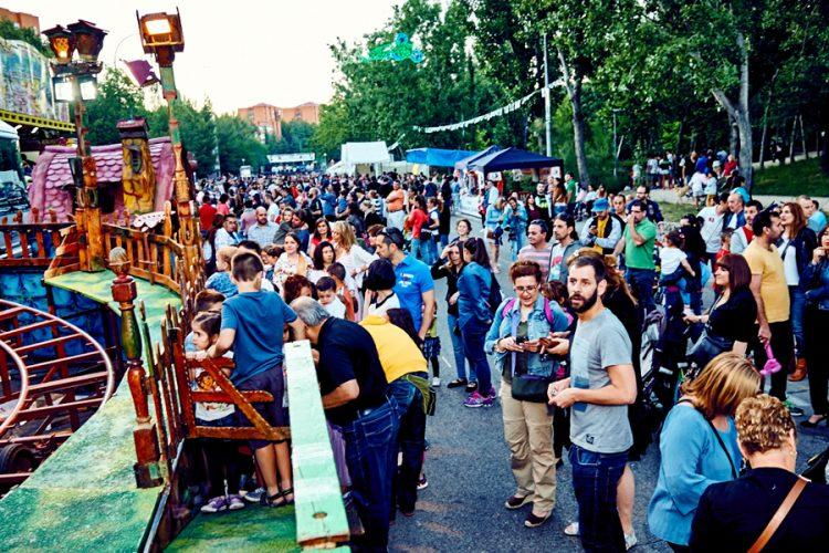 Un barrio y su fiesta: Covibar sale a la calle