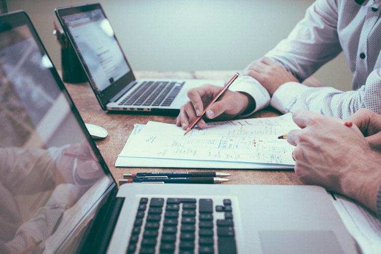 Vives Emplea: programa para encontrar trabajo