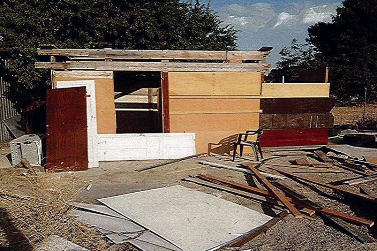 Rivas derriba otra infravivienda en la Cañada