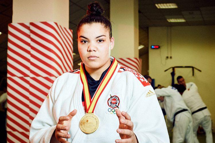 Nisrin Bousba, campeona de España júnior de yudo
