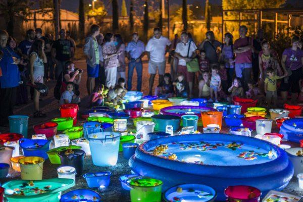 Luzinterruptus: arte urbano que ilumina la noche