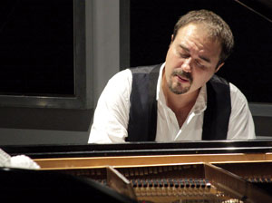 Moisés P. Sánchez: el pianista de jazz