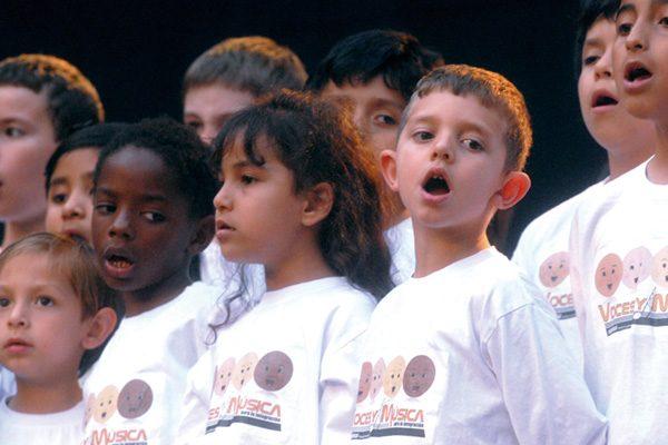 'Voces', jóvenes de Rivas cantan por la paz