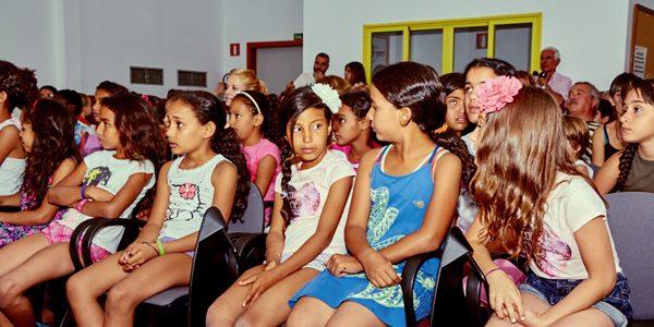 Llegan 32 niños del Sáhara para disfrutar el verano