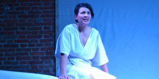 'El útero nimio', teatro para padres y madres