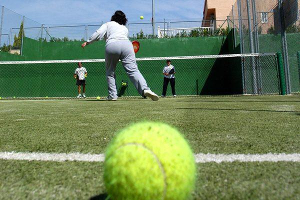 Plazas libres en los rankings municipales de tenis y pádel 2021-2022