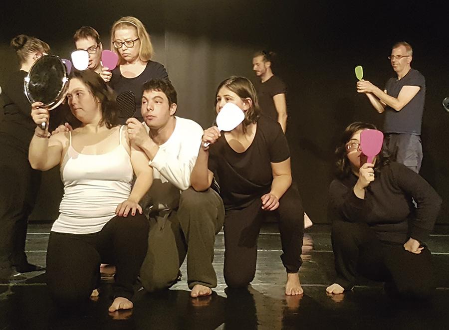 'Piedras', la danza inclusiva de Aspadir a escena