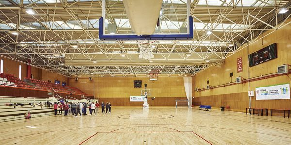 Reabiertas las instalaciones de deportes de equipo para grupos que no son clubes