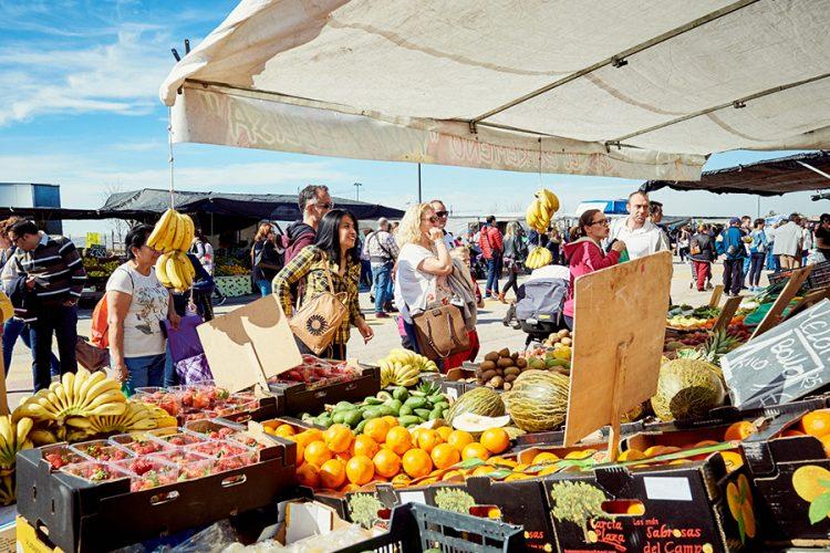 Mercado Central: música y productos del sureste