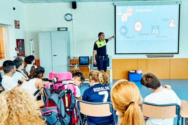 La educación vial circula por la escuela