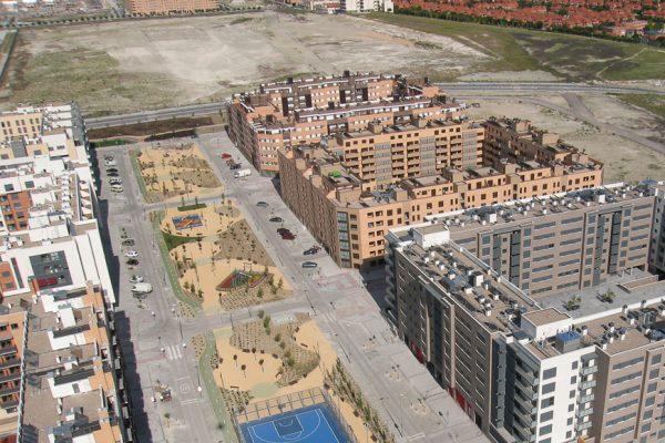 Obras de urbanización en la avenida 8 de Marzo