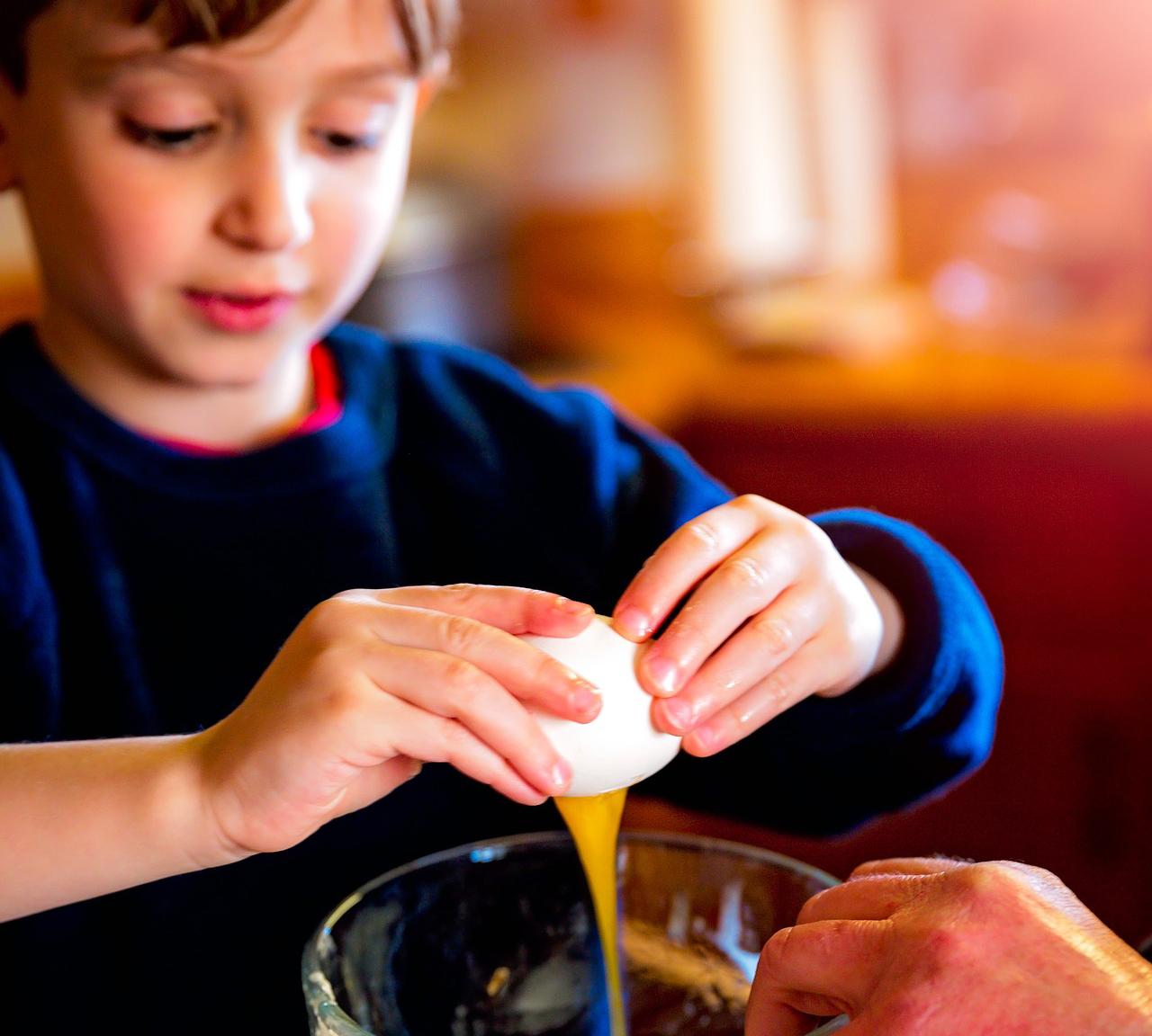 Talleres: cocinando en familia y cuentacuentos