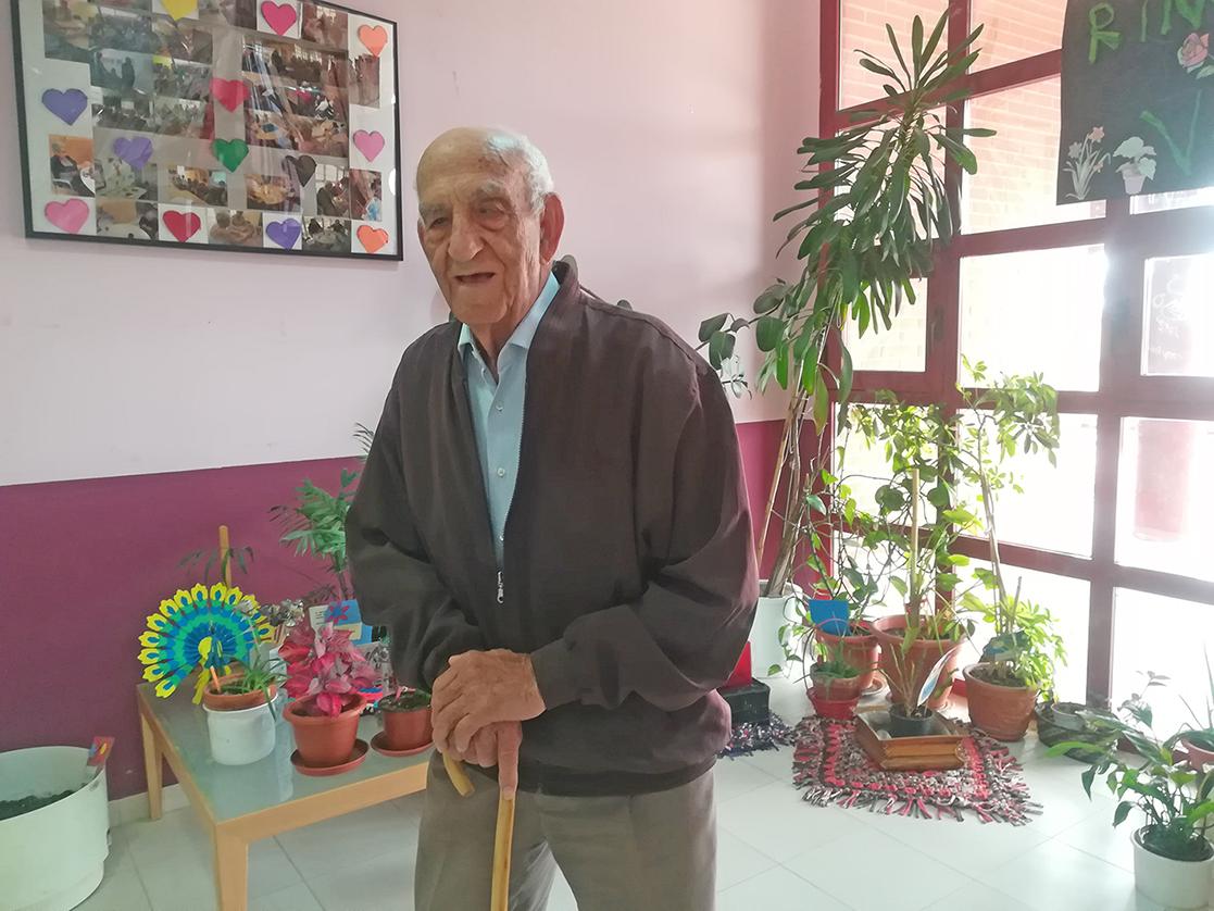José Santos González: vecino centenario