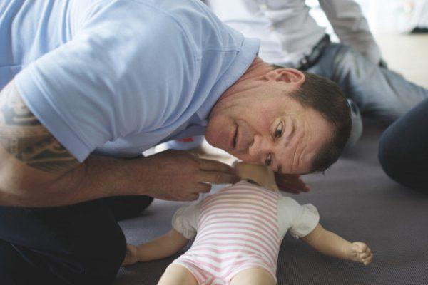 Atención a la infancia: taller de primeros auxilios
