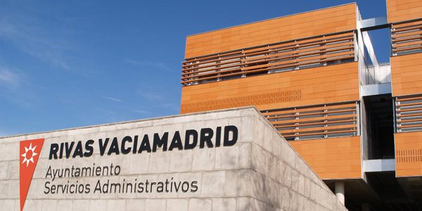 Acuerdo con sindicatos y patronal para la reactivación de Rivas
