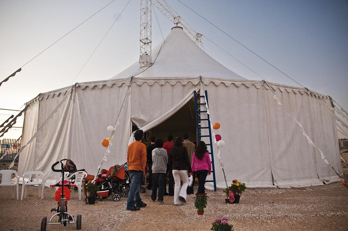 Aprende a volar en un trapecio: escuela de circo
