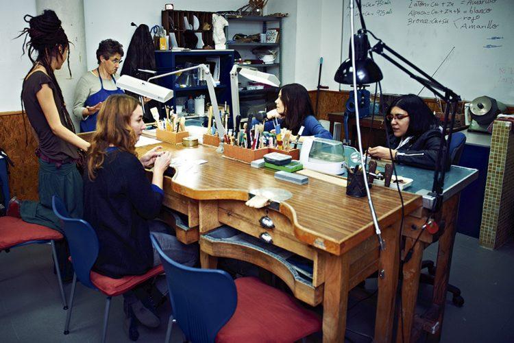 Universidad Popular: suspendido plazo de matriculación para alumnado nuevo