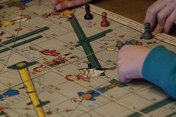 Una mañana de domingo para juegos de mesa en familia