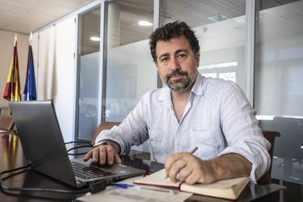 """Pedro del Cura: """"Para salir de la crisis, hay que ir de la mano, unidas y unidos"""
