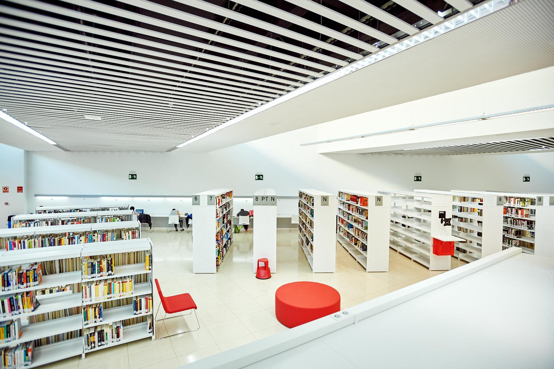 Rivas actualiza los horarios y usos de las bibliotecas