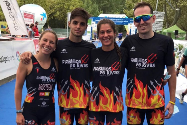 El equipo de relevos mixto de Diablillos de Rivas, cuarto en el campeonato de España 2020.