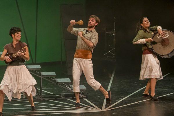 Circo, danza y teatro familiar: los montajes del programa Platea