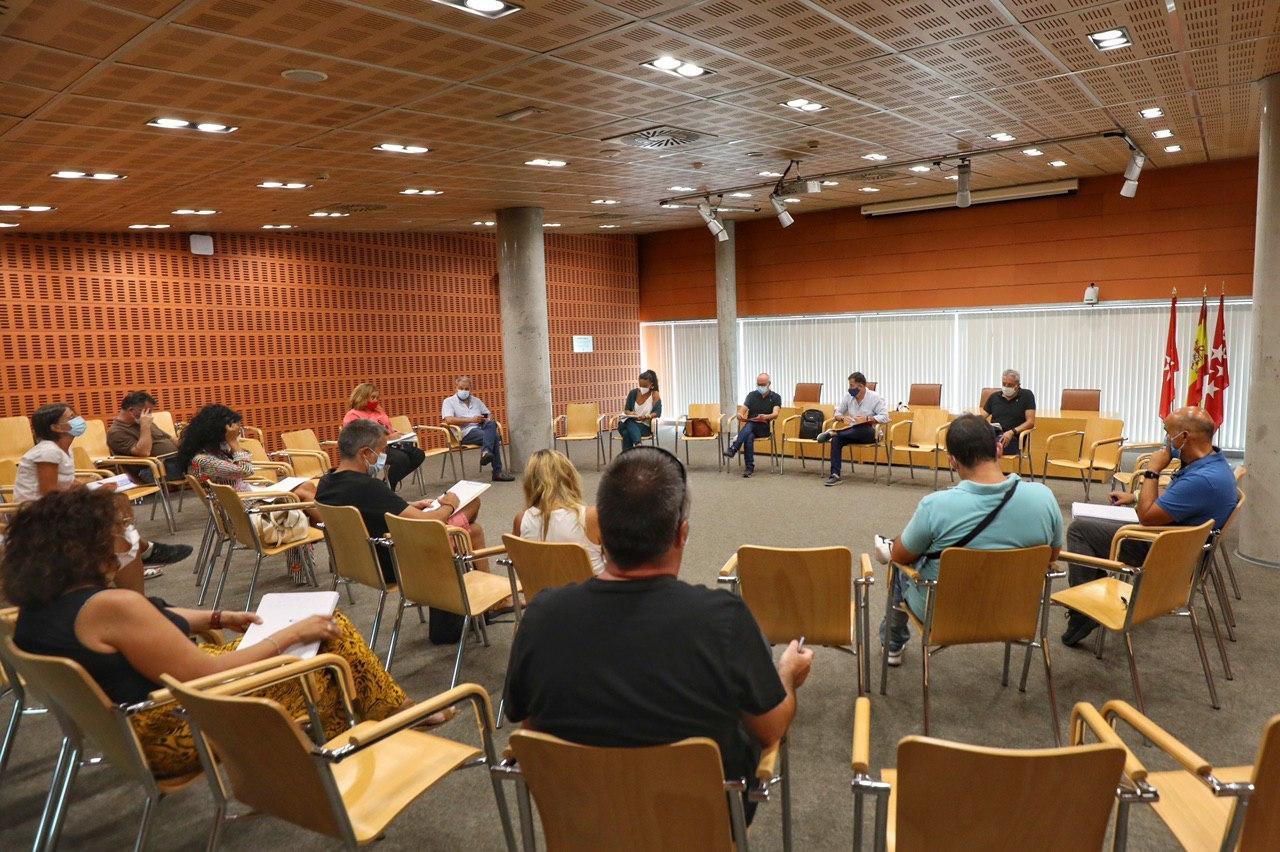 Reunión del Ayuntamiento con los colegios públicos: necesidades para la vuelta al cole