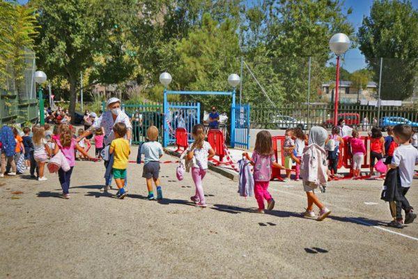Rivas cede espacios municipales ante las necesidades de los colegios