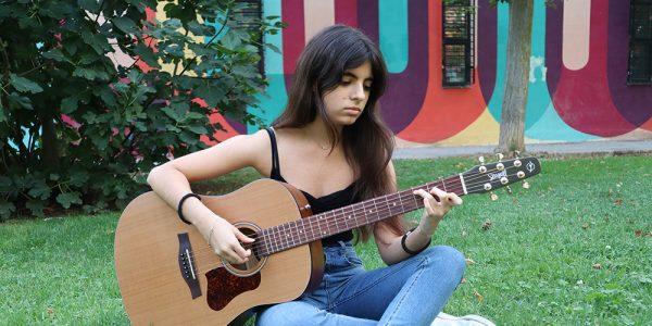 Clara Barbeito: talento musical con 14 años