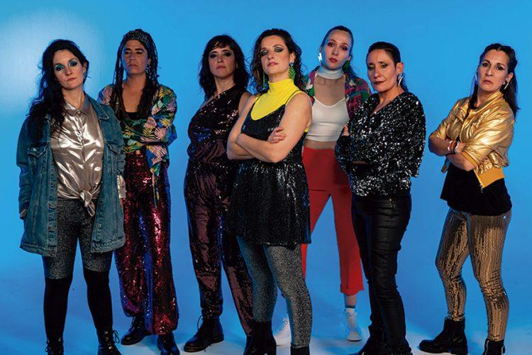 Teatro sobre Ruedas: humor, clown y música feminista