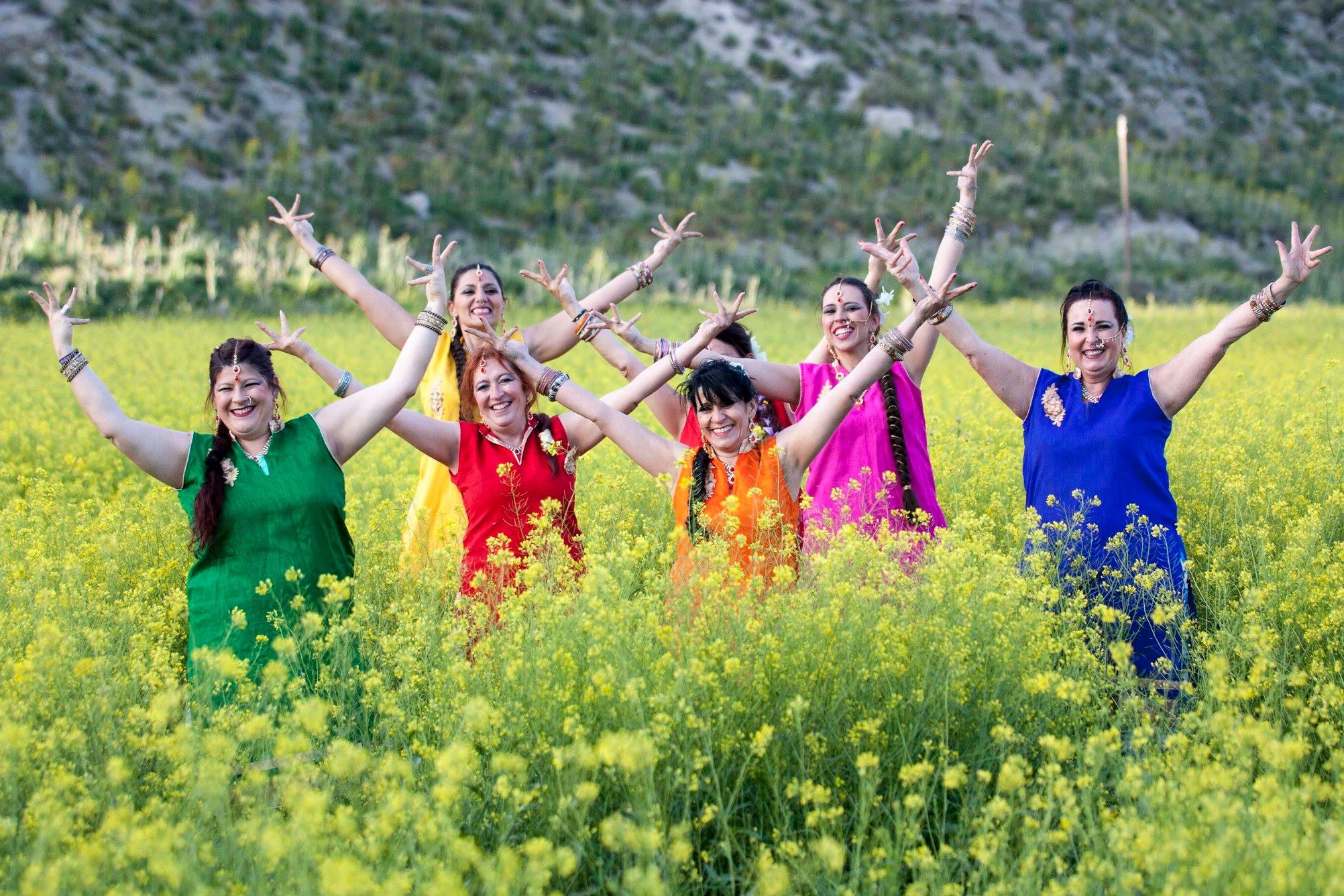 Taller de danza Bollywood. APLAZADA