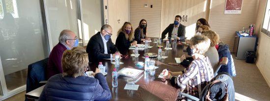 Reunión con grupos parlamentarios de la Asamblea para analizar la situación de Cañada Real