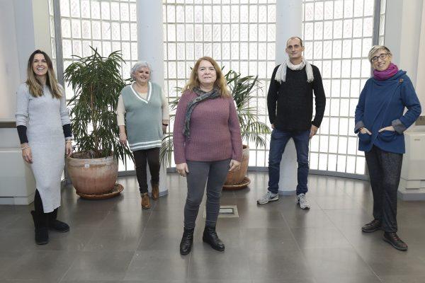 De izquierda a derecha:Lorena Chamizo, Rosa María Recarte, Pilar Jiménez, Mario Fernández y Rocío Lleó, integrantes de la Unidad Transversal de Género, grupo promotor de la Estrategia de Transversalización.