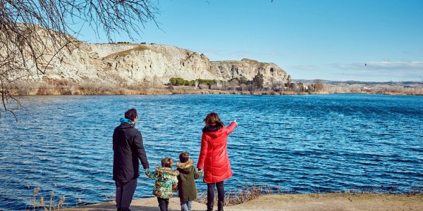 Se cierra al tráfico el acceso a la laguna de El Campillo los fines de semana