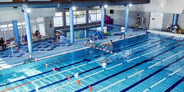 La piscina del Cerro abre los domingos por la tarde