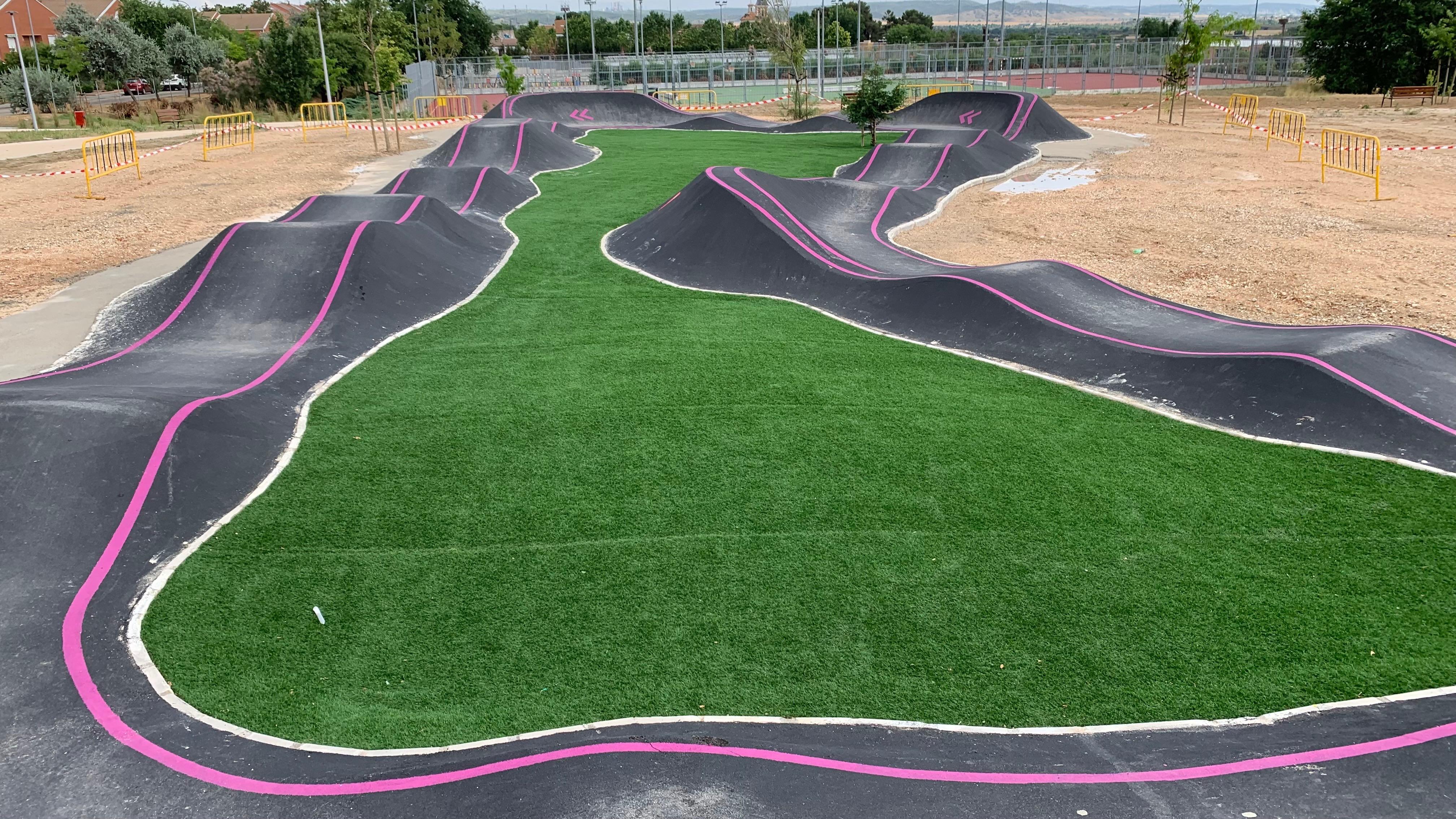 Nuevo circuito de pump track: ¿quieres estrenarlo?