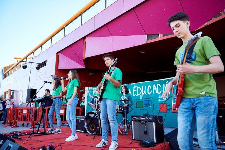 Rivas firma convenios con 29 AMPAS para el desarrollo de sus actividades en los centros escolares