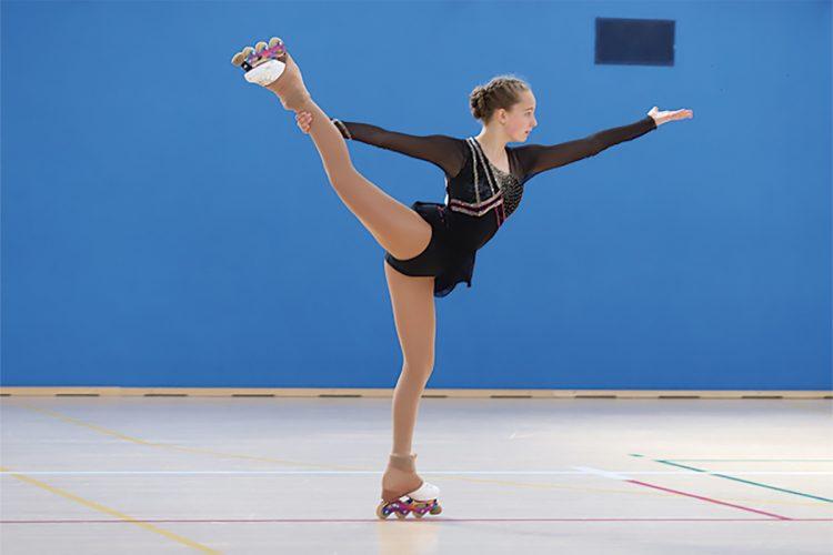 Adriana, subcampeona de España de patinaje artístico en línea