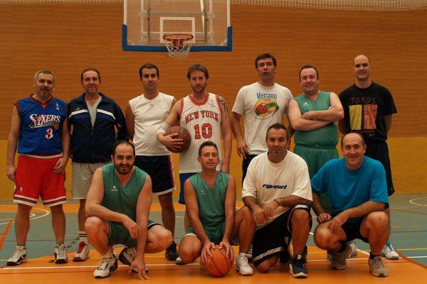 Ligas de baloncesto masculina y femenina para 2021-2022