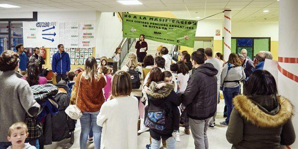 La comunidad educativa reclama nuevos centros